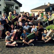 18-Pav. 2-schwyz_lustig juni 2015